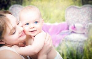 Everything you need to know about infant nutrition