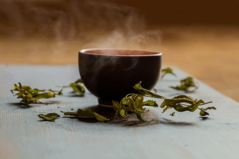 How much sleep do you need to lose weight? Green tea